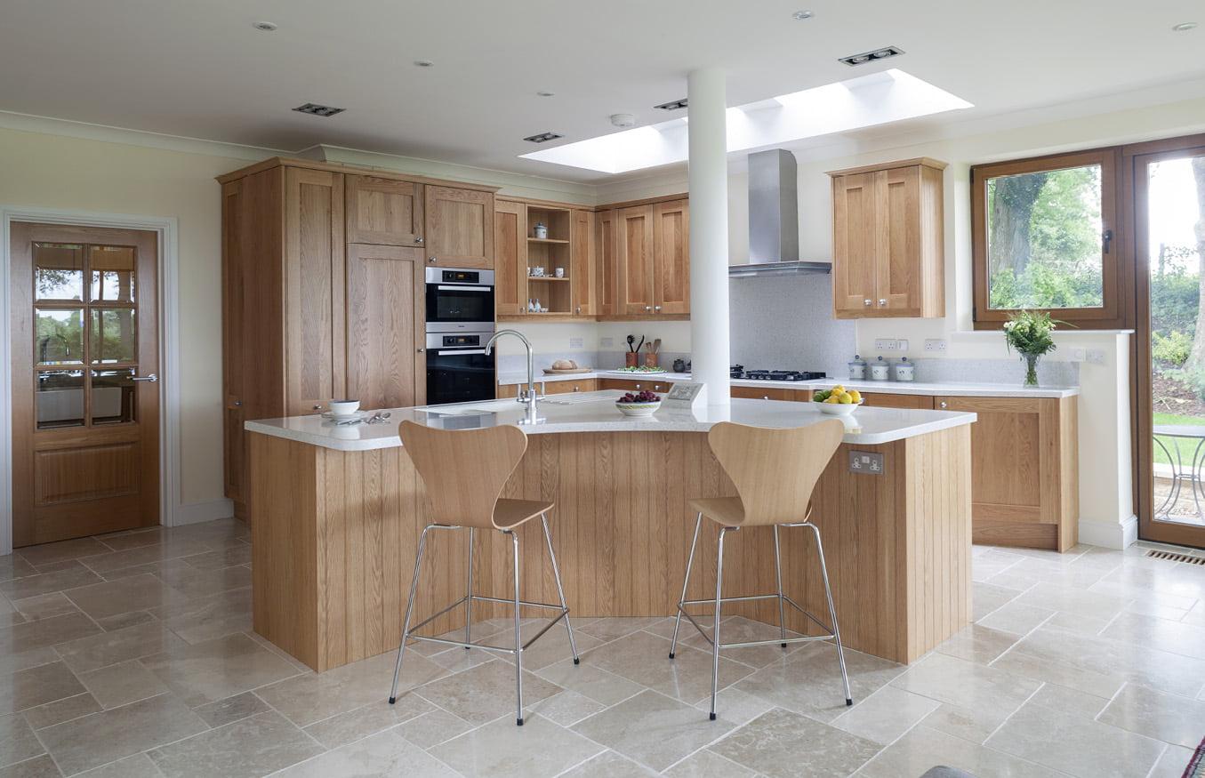 Kitchens cabinet maker dublin for Bespoke kitchen ideas