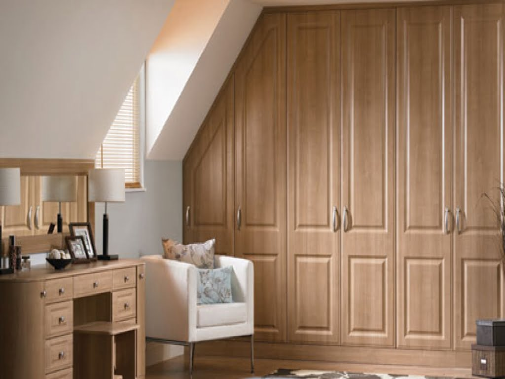 Built in wardrobes custom fitted wardrobes dublin for Designs for bedroom cupboards