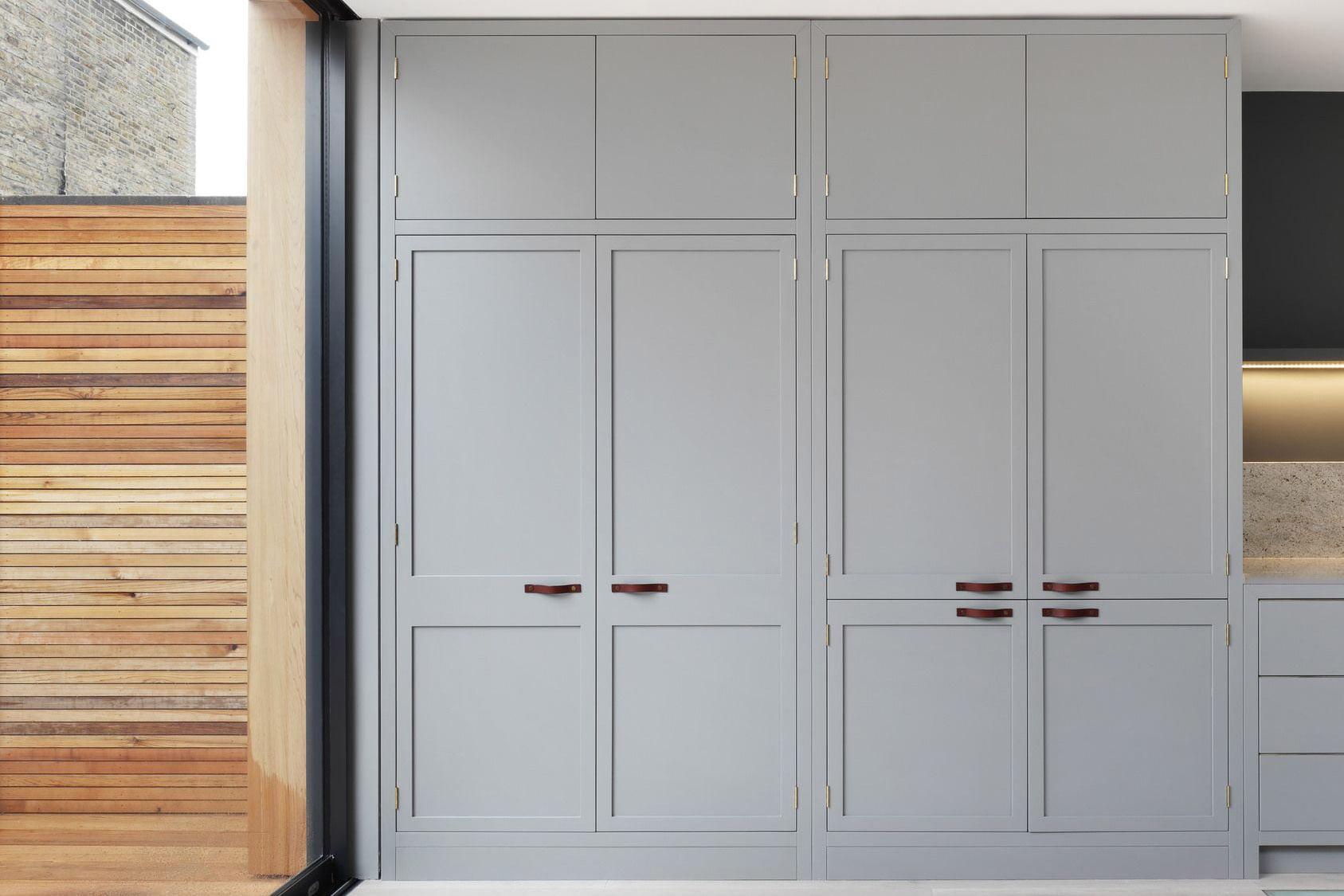 built in wardrobes fitted wardrobes dublin custommade. Black Bedroom Furniture Sets. Home Design Ideas